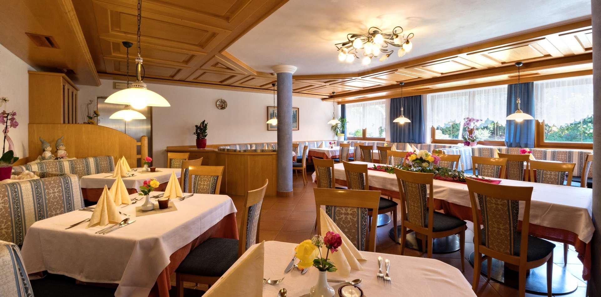 hotel-mit-halbpension-suedtirol-2