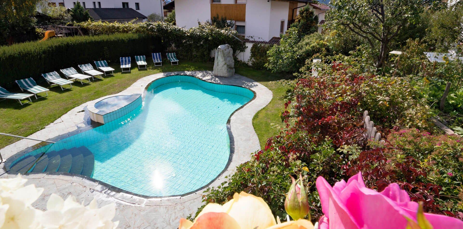 Hotel mit schwimmbad sauna in natz schabs wellness im for Hotel munster mit schwimmbad